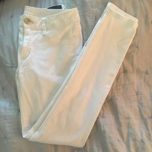 American eagle white jeggings